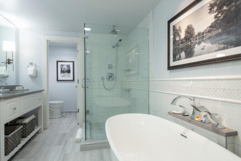 hotel with private bathroom in boston ma