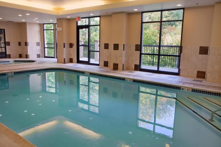 courtyard boston hotel with indoor pool