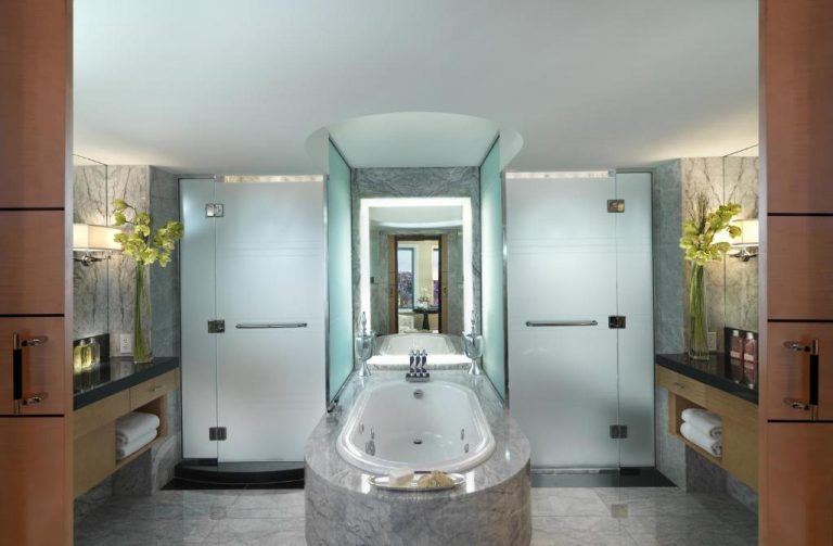 hotels with spa in boston ma
