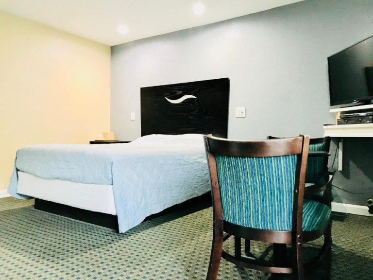 jacuzzi suite in boston-1